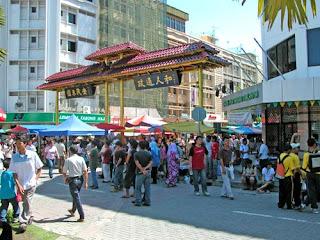 Bercuti di Sabah : Gaya Market, Rumah Terbalik dan Jambatan Tamparuli