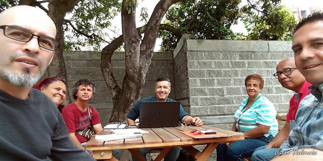 Resultados de años anteriores en votaciones del presupuesto participativo, han preocupado a los (MAICS), medios alternativos independientes y comunitarios de la comuna siete de Medellín, de quedarse nuevamente este año por fuera de la línea de financiamiento para sus actividades.