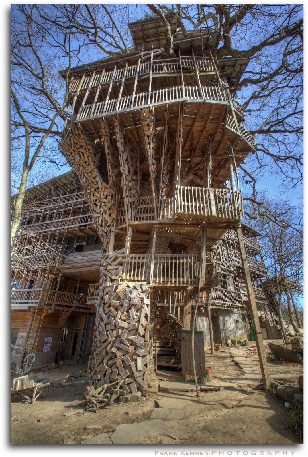 top 20 beautiful and amazing tree house wallpapers pics