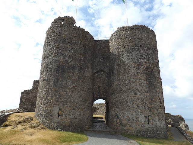 criccieth-castle, snowdonia, north-wales, travel