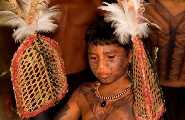 http://www.katasaya.net/2016/08/tradisi-tradisi-paling-unik-dan-aneh.html
