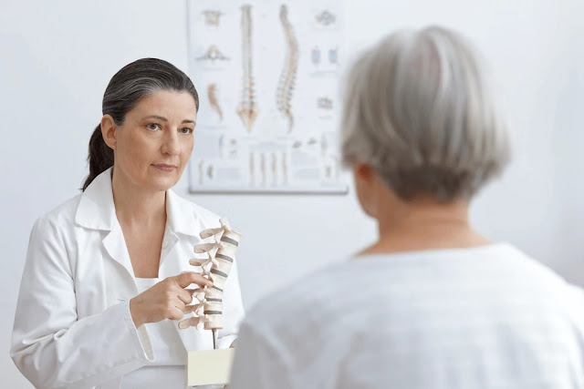 Lower back pain - back pain - 6 Possible Conditions That Can Cause Back Pain In Women After 40-1