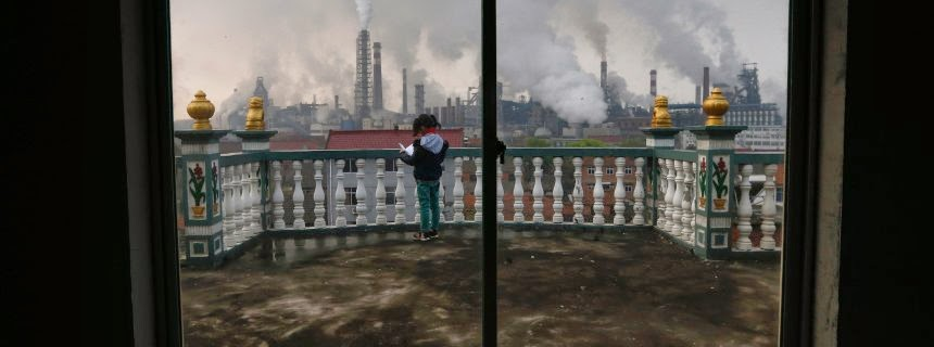 Balcony overlooking power plant (Credit: Reuters) Click to Enlarge.