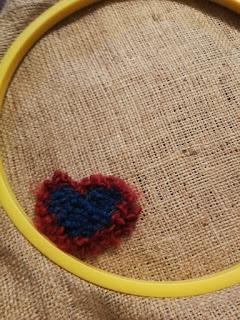 heart rug hooking in hoop