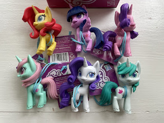 Store Finds: Pony Friends, H&M, Super Sled & More