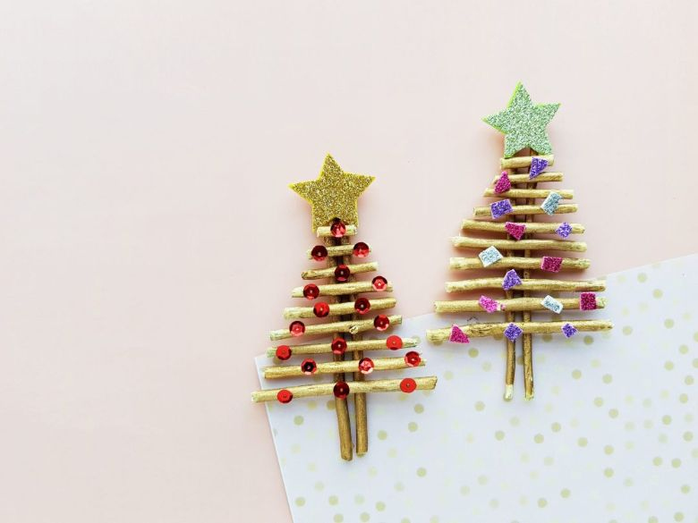 stick Christmas tree craft for kids