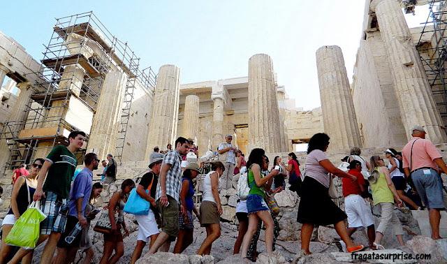 Propileu da Acrópole de Atenas