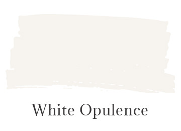 Benjamin Moore White Opulence color swatch