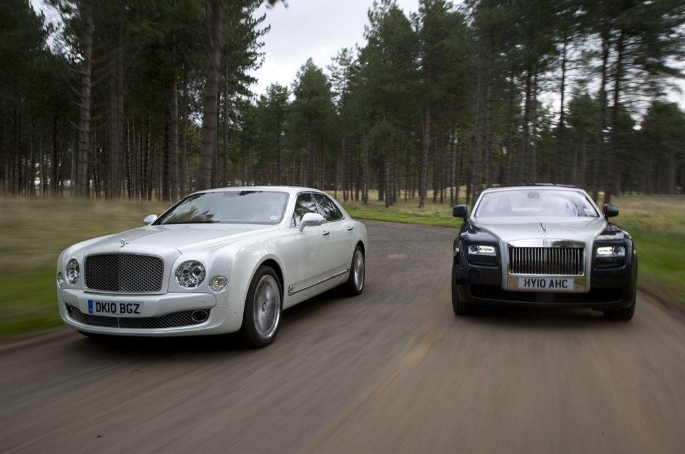 SPORTS CARS: Rolls Royce Phantom Vs Bentley Mulsanne