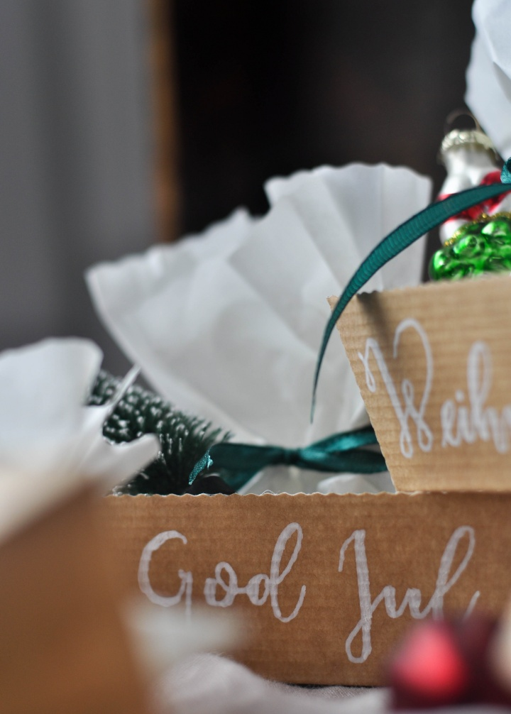 easy DIY Christmas Boxes, the perfect last minute Christmas Calendar