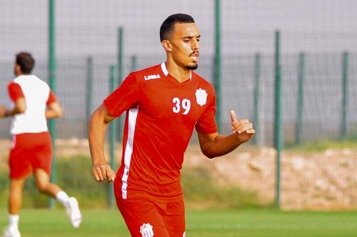 فريق مغربي يدخل على الخط وبند يؤخر انتقال بوفتيني إلى الباطن
