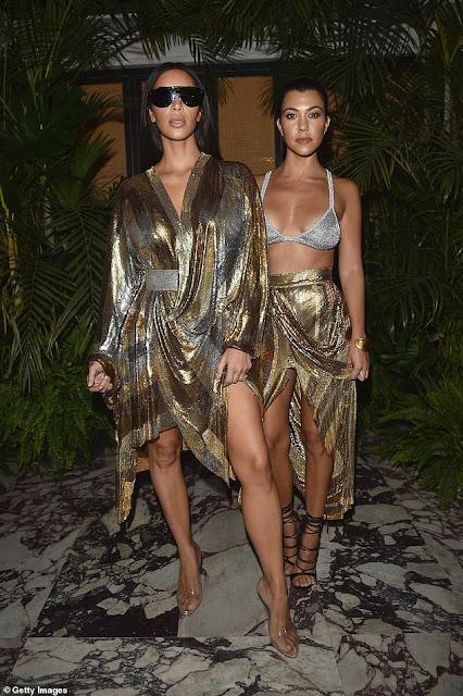 Kim Kardashian accuses sister Kourtney of stealing her style