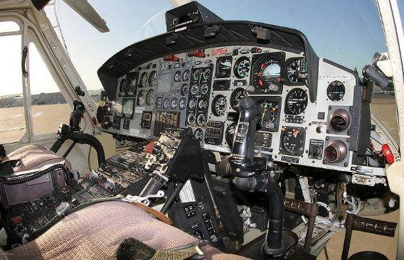 Bell 412EP cockpit