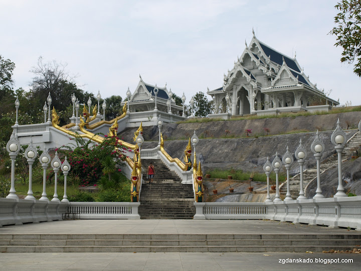Krabi - Wat Kaew Korawaram