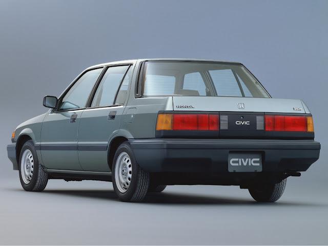 Rear 3/4 view of 1984 Honda Civic Sedan