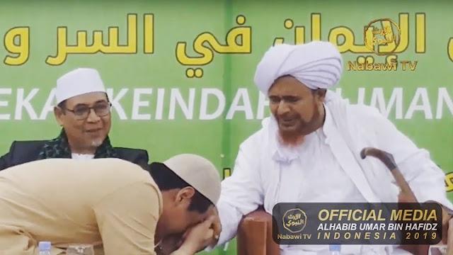 Roger Danuarta Cium Hafidz Umar bin Hafidz