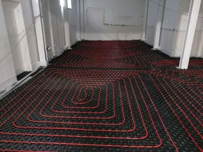 riscaldamento a pavimento-caldaia a condensazione