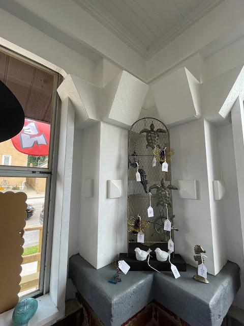 Sears porch pillars Grafton Illinois coffee antiques shop Lightkeepers Coffee 101 E Main St Sears Vallonia