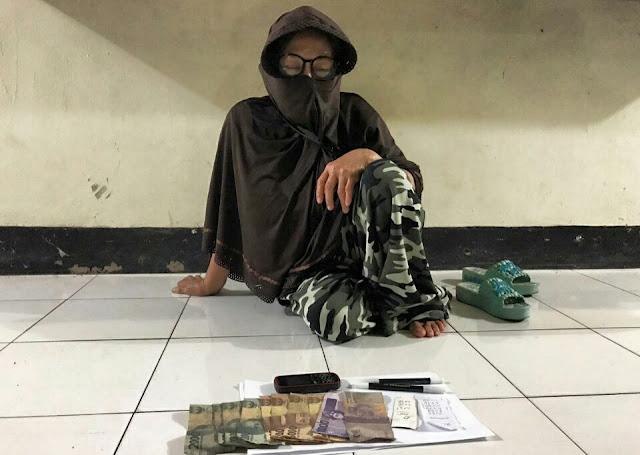 Jual Togel, Ibu Rumah Tangga Dibekuk Polres Lombok Timur