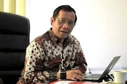 Prof Mahfud MD Menulis 2 Jam Setiap Hari