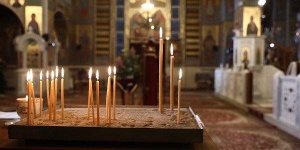 0 Ανοιχτές εκκλησίες το Πάσχα: Εισήγηση των λοιμωξιολόγων με self test στους ιερείς