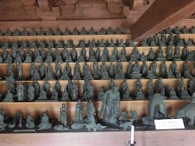 建長寺三門:五百羅漢