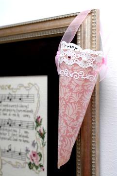 Victorian Paper Cones (Tussie Mussie)