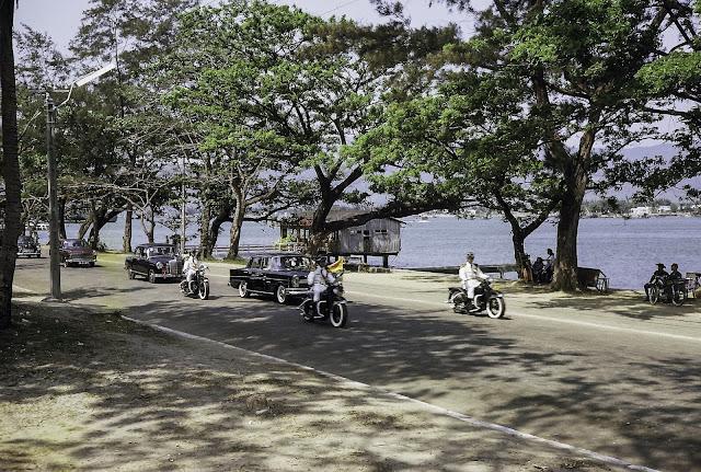 Bruce Tester: Đường phố Đà Nẵng năm 1965
