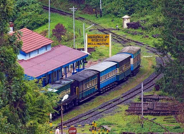 Railway, Railyatri, Train Enquiry, Rail Info App