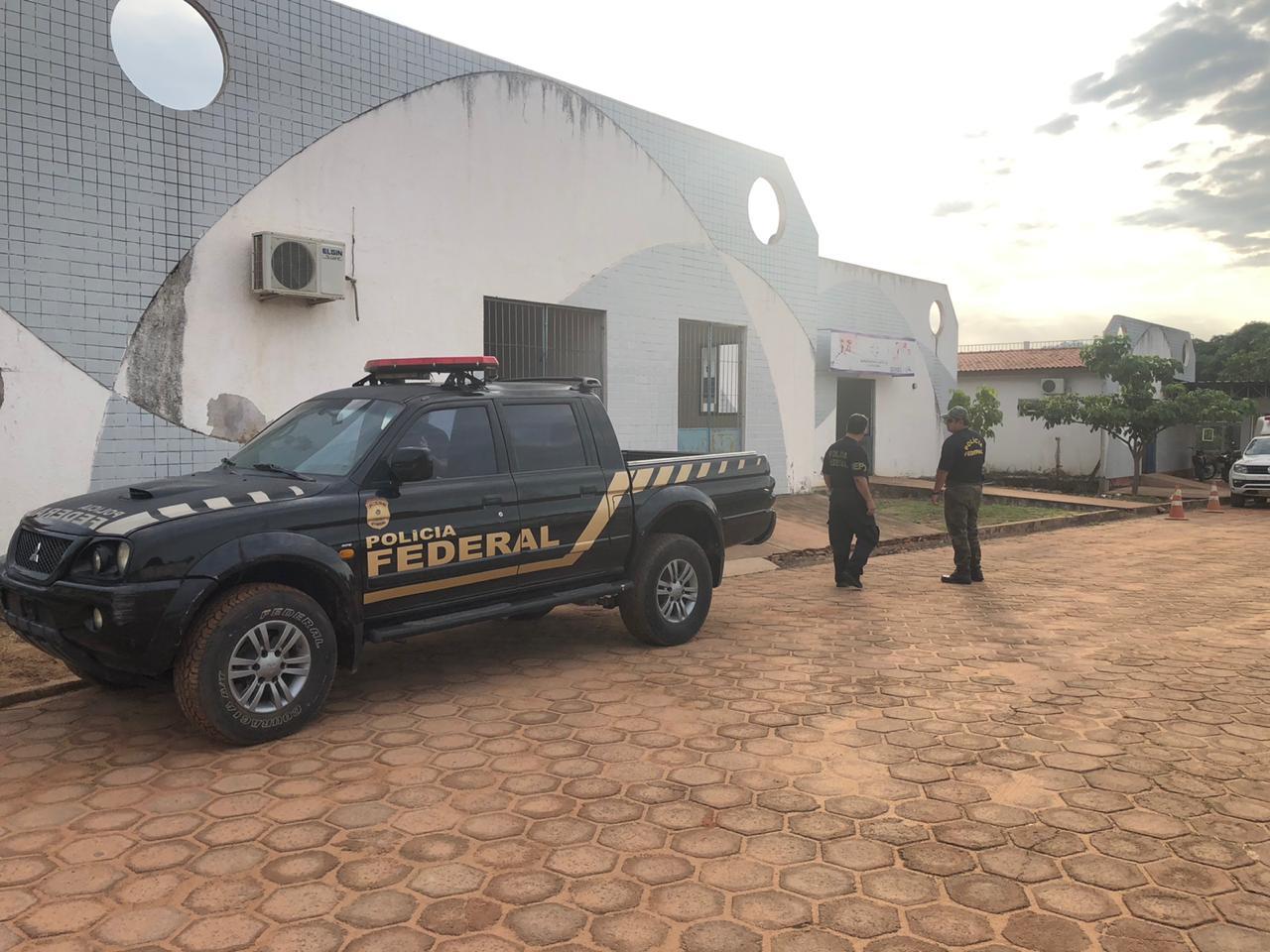 Polícia Federal deflagra operação contra gestão do prefeito Chico Alfaia, em Óbidos