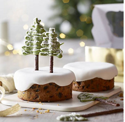 Mini Christmas Tree Cakes