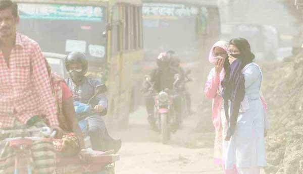 ঢাকা  এখন আর বিশ্বের দূষিত শহর নয়, তবে বায়ুর গুণমান এখনও 'দুর্বল'