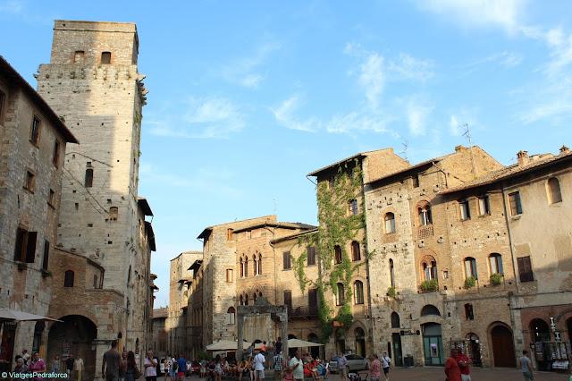 San Gimignano, Manhattan de la Toscana, Toscana medieval, Itàlia