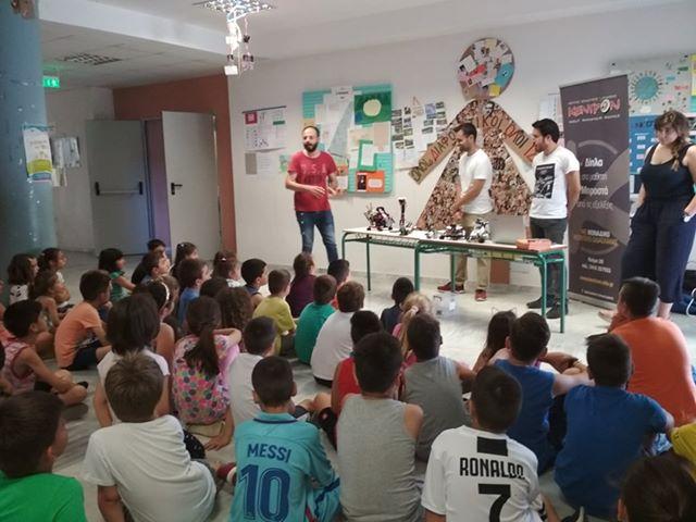 Ρομπότ για τα παιδιά του προγράμματος «Κατασκήνωση στην Πόλη»
