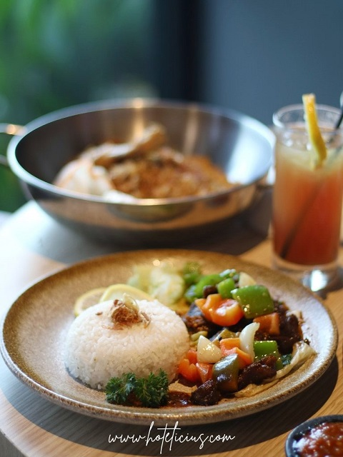 Chinese Beef Black Pepper Sauce Hotel Aveon Yogyakarta