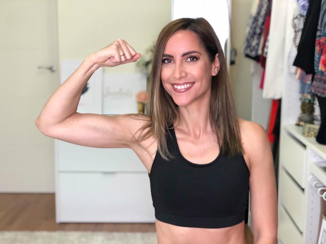 Fitness And Chicness-Entrena Conmigo en Casa-Rutina HIIT 30 min-Sin Saltos-5