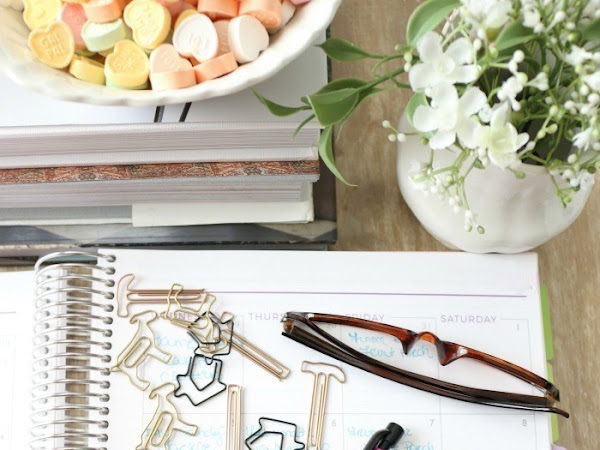 10 Tips for Creating a More Organized Life and Some Awesome Recipes for January