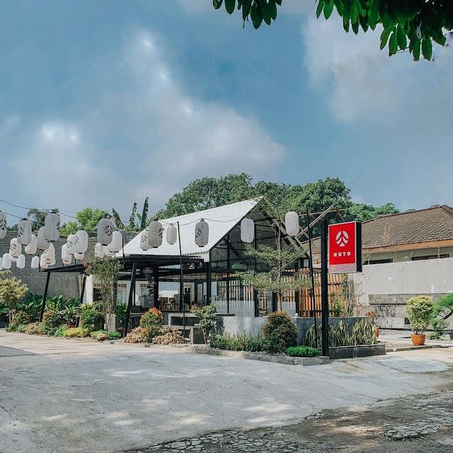 Ruto Coffee Shop Tanah Sareal Bogor