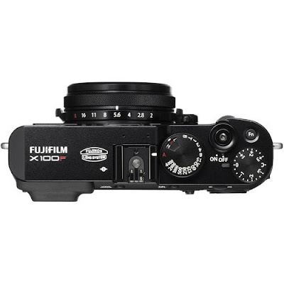 Fujifilm X100F Mirrorless Digital Camera Firmwareの最新ドライバーをダウンロードしてください