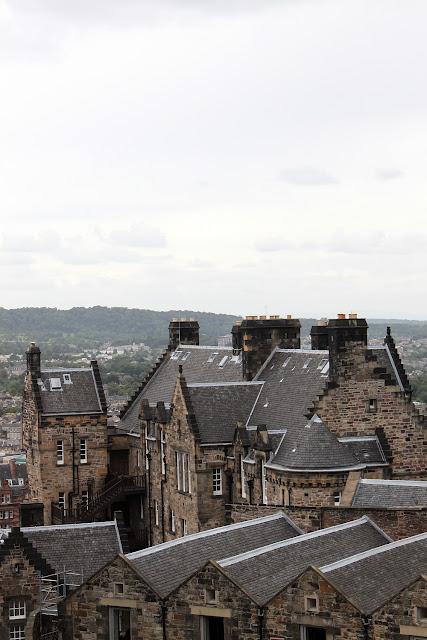 Ensikosketus Edinburghiin 31