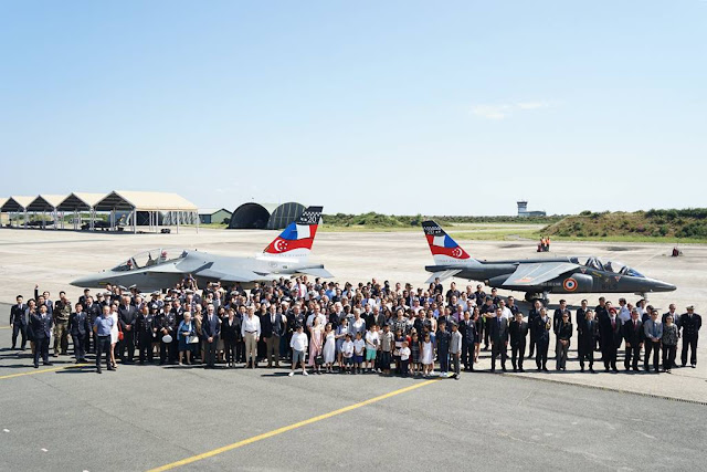 SINGAPORE AND FRANCE UNVEIL CELEBRATIVE JETS TO MARK 20 YEARS OF COOPERARION