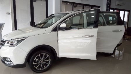 Mobil Wuling Cortez 2019