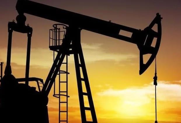 Precio del petróleo venezolano sigue cayendo y se ubica en 61,85 dólares