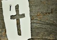 """""""Farò camminare  i ciechi per vie che non conoscono, li guiderò per sentieri sconosciuti; trasformerò davanti a loro le tenebre in luce, i luoghi aspri in pianura"""" (Isaia 42,16)"""