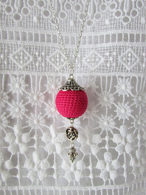 https://www.etsy.com/listing/527839693/hot-pink-crochet-ball-pendant-necklace?ref=listing-shop-header-0