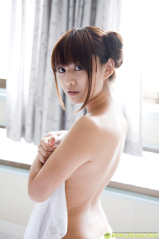 鎌田奈津美 ビキニ画像 17