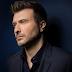 «Τραγούδια Ακατάλληλα»: Ο Γιάννης Πλούταρχος στο ομότιτλο τραγούδι του νέου άλμπουμ του