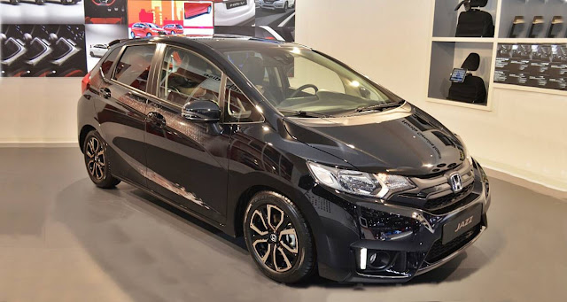 2017 honda jazz facelift rendering auto honda rumors. Black Bedroom Furniture Sets. Home Design Ideas