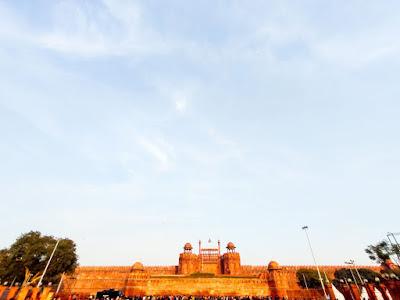 Mughals, redfort, new delhi, india, akbar, shah jahan, taj mahal