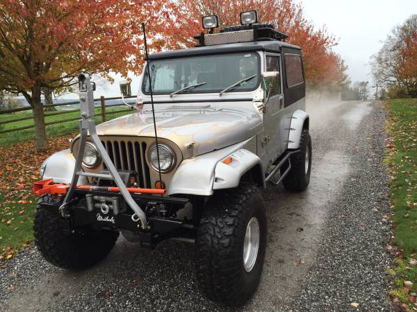 Custom 1984 Jeep CJ8 Scrambler 4x4